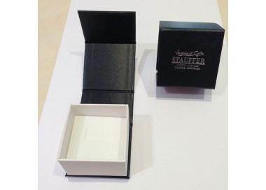 Bague or gris 375/1000 et diamants by Stauffer