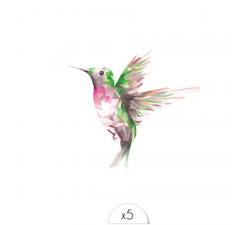 Tattoo LOVELY SIOOU Un joli colibri déployant ses ailes par la designer lyonnaise Claire Lebeau. AW04