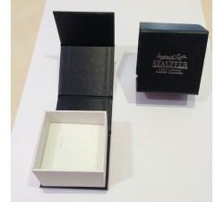 Collier or gris 375/1000 et oxydes de zirconium by Stauffer