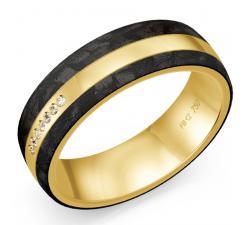 Alliance or jaune 750/1000, carbone et diamants by Stauffer